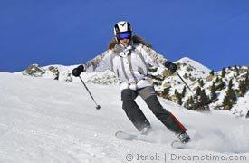 Skifahrerin im Skiurlaub